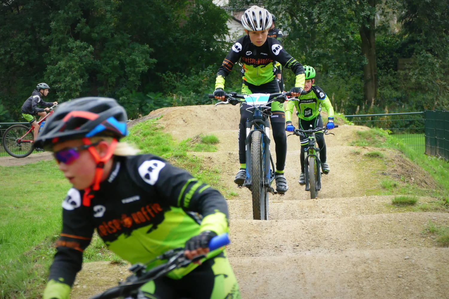 MTB Assen traint in Smilde